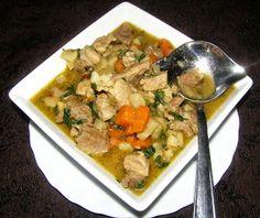 W Mojej Kuchni Lubię.. : gulasz z łopatki z warzywami i garam masala...