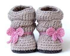 CROCHET PATTERN #217 Baby Slouch Boot - Mia Boot - Instant Download kc550