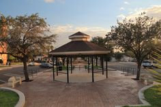 South view of Gregorio Barrera Plaza