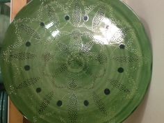 Prato Mandala em Verde Olive, de Ligia Dutra