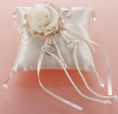 RP-10:モダンリングピロー(シャンパンゴールド)キット【リングピロー手作りキット&完成品通販シェリーマリエ】 Ring Pillows, Flower Girl Basket, Wedding Accessories, Wrapping, Pillows, Bridal, Events, Weddings, Boyfriends