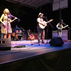 Tonight was the closing show of the Levitt AMP Cleveland Music Series, featuring Blackwater Trio!