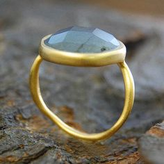 Embers Gemstone Jewellery Gold Precious Labradorite Ring