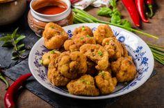 Vegan Cauliflower Nuggets & Kakadu Plum Chilli Sauce - The Australian Superfood Co Cauliflower Nuggets, Vegan Cauliflower, Other Recipes, New Recipes, Australian Food, Low Carb Pizza, Roasted Potatoes, Vinegar, Healthy Recipes