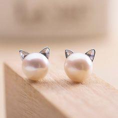 Pearl Cat Earrings - Sterling Silver
