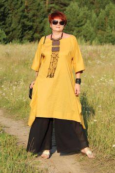Схема льняного платья, белого и желтого. как таковой проймы нет, ширина рукава примерно 27-30см, в желтом уже, в белом шире. Получается мы берем ткань шириной 140 и длиной 280 ,складываем ее пополам…
