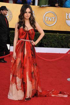mila kunas--awesome dress!