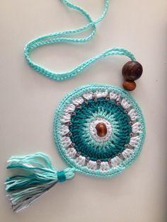 35 ideas crochet bracelet diy collars for 2019 Crochet Ornaments, Crochet Crafts, Crochet Projects, Love Crochet, Crochet Flowers, Knit Crochet, Mandala Crochet, Beaded Crochet, Crochet Bracelet