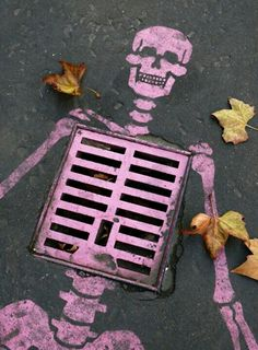 70 Ideas For Street Art Graffiti Banksy Life Halloween Geist, Urbane Kunst, Sidewalk Art, Street Art Graffiti, Graffiti Artists, Berlin Graffiti, Graffiti Artwork, Banksy Art, 3d Street Art