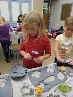 Children's Art Classes: Ceramic Leaf Bowls