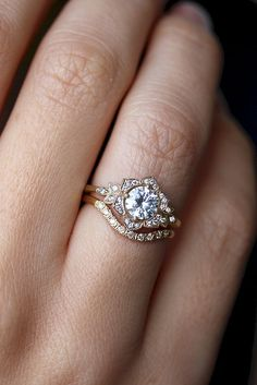 nice 59 Best Unique Engagement Ring to Leaves you Speechless https://viscawedding.com/2017/04/30/59-best-unique-engagement-ring-leaves-speechless/