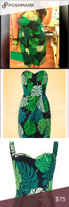 🗿Collectif Mahina Tahiti Palm Sarong Dress 🌴 Collectif Mahina Tahiti Palm Print Sarong Dress🗿 This glamorous vintage rockabilly style with a striking tropical twist is a must for your summer Tiki events features a sweetheart bust detail, tulip shaped sarong skirt & a pencil fit.  Straps are detachable & extendable & can be worn in various ways including straight, crossover, and halterneck styles. Tried on but never worn out.  Bust 42-48 Waist 36-42 Hips 42-48.   Length: 37.5 Fabric: 97%…