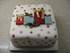 Christmas present cake | Stacey's Cakes | Flickr