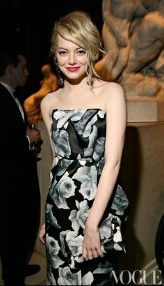 Emma Stone looking super gorgeous at the MET gala last year! Love her hair <3