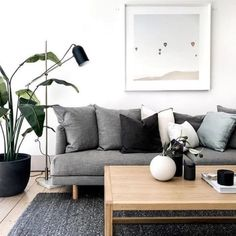 Living Room Inspo ✨ Loving this space! Styled by thehiredhome Living Room Inspo ✨ Loving this space! Styled by thehiredhome Living Room Images, Living Room Mirrors, Living Room Grey, Interior Design Living Room, Living Room Designs, Living Room Decor, Home Decor Baskets, Home And Deco, Architectural Digest