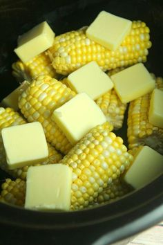 Slow Cooker Sweet Buttery Corn on the Cob! Slow Cooker Sweet Buttery Corn on the Cob! Slow Cooker Sweet Buttery Corn on the Cob! Crockpot Dishes, Crock Pot Cooking, Corn In Crockpot, Crock Pot Corn, Cooking Bacon, Vegetable Crockpot Recipes, Cooking Sweet Corn, Crockpot Veggies, Crock Pot Baked Potatoes