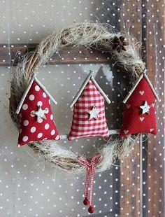 Corona decorativa con tres casas - Ornament Wreath with three houses
