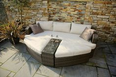 Patio Daybed, Outdoor Daybed, Outdoor Lounge, Outdoor Seating, Outdoor Living, Outdoor Spaces, Outdoor Cabana, Jacuzzi Outdoor, Rattan Garden Furniture