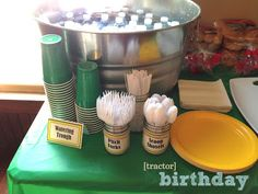 the copper coconut: Tractor Birthday Party