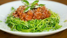 espaguete-de-abobrinha-com-tomatinhos