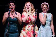 ΑΜΠΑΖΟΥΡ: Το burlesque musical του Στενού Κορσέ