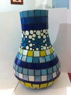 Vaso by Claudia Pinto