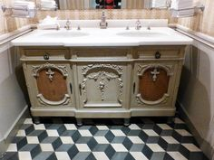 Romancing the Home-BEAUTIFUL OLD WASHSTAND!