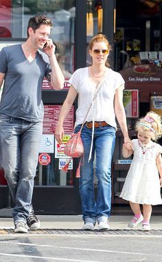 Amy Adams sported chic aviators with amber gradient lenses while grocery shoppin' with her hubby and oh-so-cute daughter! The color looks fab with her red hair!