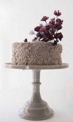 Wedding Cake Trend: Bas Relief Wedding Cakes