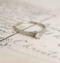 Cushion cut vintage engagement ring (5)