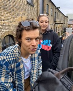 Harry Styles Cute, Harry Styles Pictures, One Direction Pictures, Harry Edward Styles, Mon Cheri, Lgbt, Bae, Harry 1d, Mr Style