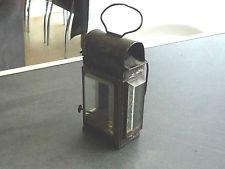 ancienne lampe lanterne a mains ,,,accroche ceinture ,,verre biseauté