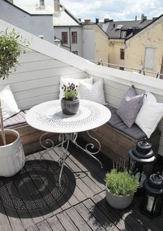 Apartments:Fascinating Design For Small Balcony With Nice Nook Design With White Round Table And Wooden Deck Adapting Scandinavian Balcony D...
