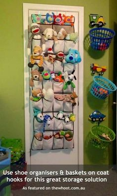 Toy Storage Ideas 27 Useful Ideas for Storing Your Kids Toys and Books Toy Rooms Books Ideas Kids storage Storing Toy Toys Stuffed Animal Storage, Stuffed Animal Organization, Stuffed Animal Holder, Storing Stuffed Animals, Kids Storage, Storage Ideas, Basket Storage, Creative Storage, Storage For Toys