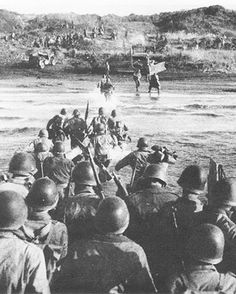 22 Jan 44: Day 1 of 136 of the Battle of Anzio. In an effort to end the costly stalemate at Monte Cassino, Italy, the US 5th Army lands two divisions against German forces at Anzio, 30 miles South of Rome. Although initial landings are very successful, failure to capitalize quickly will lead to months of heavy fighting. More: http://scanningwwii.com/a?d=0122&s=440122 #WWII