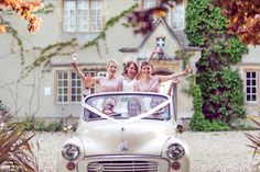 Wedding at Friars Court, Clanfield, Near Oxford by Lawes Photography  #friarscourtwedding #lawesphotography #weddingphotography #friarscourtweddingpictures #oxfordweddingphotographer