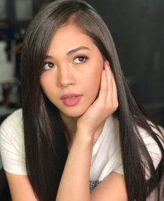 Must have ideas in addition to some tips on hair care? Hairstyles For Long Hair. Filipina Actress, Filipina Beauty, Filipino Girl, Asian Hair, Beautiful Asian Women, Sexy Asian Girls, Beautiful Actresses, Pretty Face, Beauty Women