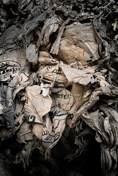 Recycled Paper / Gonzalo Sanguinetti