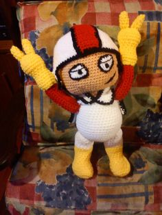 KICK BUTTOWSKY MEDIO DOBLE DE RIESGO VERSION AMIGURUMI..