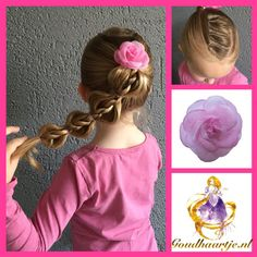 Bubble rope pony met haarelastiekjes en haarbloem van Goudhaartje.nl #bubbleropepony #ropebraid #braid #hairflower #hairstyle #vlecht #haarbloem #haarstijl #haaraccessoires #goudhaartje Hair Dos For Kids, Braids For Kids, Childrens Hairstyles, Cute Girls Hairstyles, Pigtail Hairstyles, Diy Hairstyles, Hairstyles Videos, Toddler Hair, Hair Videos