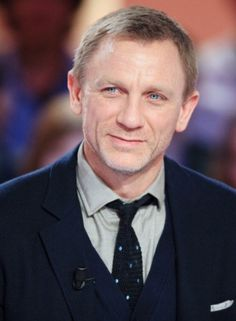 Swing of things • Daniel Craig