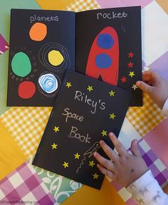 Make this cute space book to encourage preschoolers to learn about space and what is in it. Outer Space Activities for Kids Space Activities For Kids, Space Theme Preschool, Preschool Science, Science For Kids, Preschool Crafts, Space Crafts Preschool, Planets Preschool, Space Books For Kids, Outer Space Crafts For Kids