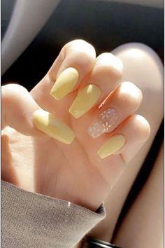 Classy Acrylic Nails, Clear Acrylic Nails, Cute Acrylic Nail Designs, Summer Acrylic Nails, Simple Acrylic Nail Ideas, Cute Simple Nail Designs, Acrylic Toes, Classy Nails, Short Square Acrylic Nails