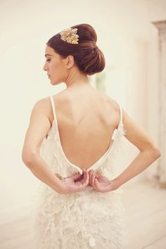 Lots of wedding hair inspiration for chignon hairstyles including top tips and tutorials. Wedding Hairstyles For Long Hair, Wedding Hair And Makeup, Wedding Updo, Trendy Hairstyles, Bridal Updo, Bridal Hairstyles, Natural Hairstyles, Wedding Blog, Wedding Styles