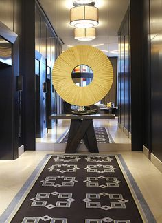 Le Meridien Arlington—Lobby by LeMeridien Hotels and Resorts, via Flickr
