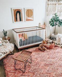 Ideas for a boho nursery neutral - Baby Room Ideas Chic Nursery, Nursery Neutral, Nursery Room, Bohemian Nursery, Neutral Nurseries, Navy Girl Nursery, Red Nursery, Rainbow Nursery Decor, Nursery Artwork