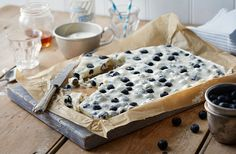 Frozen blueberry yogurt bark | Tesco Real Food