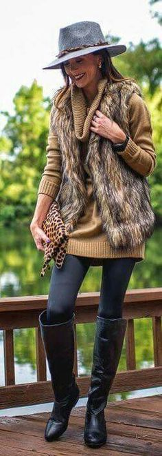 Camel Faux Fur Vest by Sequins & Things. Love this casual look. Fall Winter Outfits, Winter Wear, Autumn Winter Fashion, Fur Vest Outfits, Casual Outfits, Fashion Outfits, Western Outfits, Faux Fur Vests, White Fur Vest