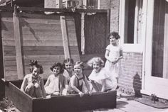 Anne Franck with friends. (the second girl) 8y old