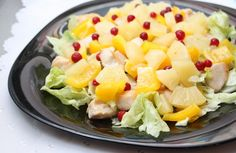 Layered salad with pineapple and chicken With mushrooms and walnuts Ferrero Rocher, Chicken Salad With Pineapple, Breakfast Casserole With Biscuits, Chinese Cabbage, Party Food And Drinks, Mushroom Chicken, Casserole Recipes, Fruit Salad, Salad Recipes